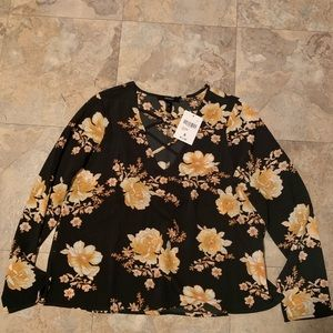 Tops - Forever 21 Long Sleeve Top